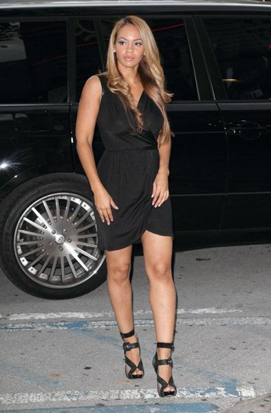 Evelyn Lozada Shoe Size