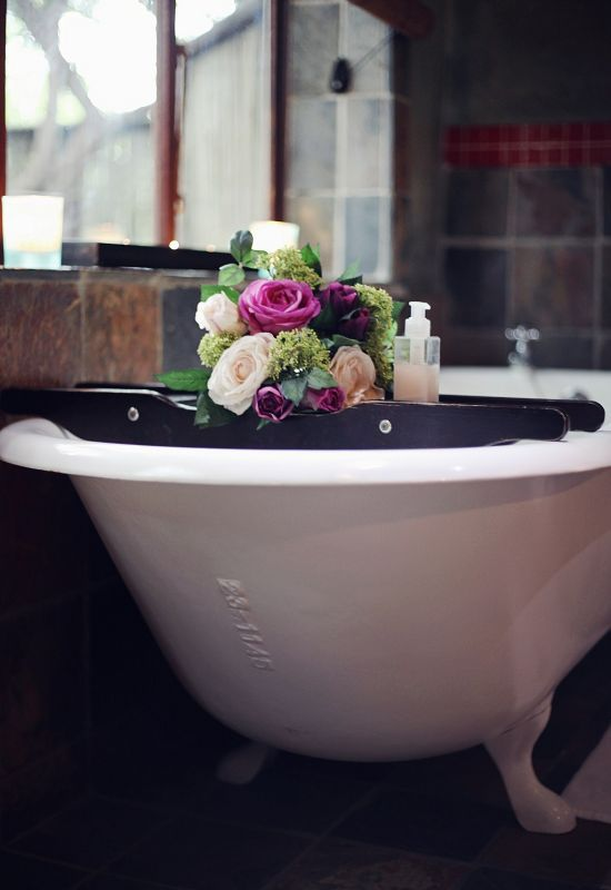 This elegant bath at Emdoneni Lodge will make a visit to the Hluhluwe Game Reserve unforgettable!