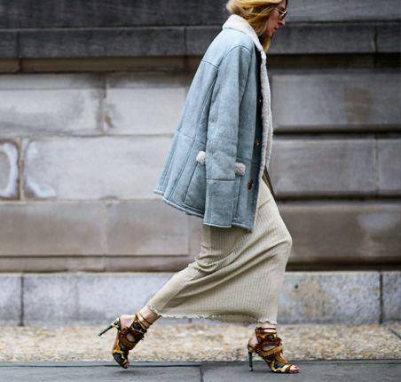 Moda uliczna na NYFW jesień-zima 2016/2017 Street style New York Fashion Week outfit long skirt