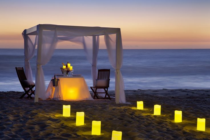 The perfect summer proposal on one of Perth's most beautiful beaches.