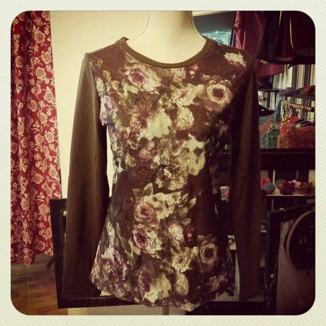 Chaleco floreal manilla $10.000 #ava_atelier_boutique