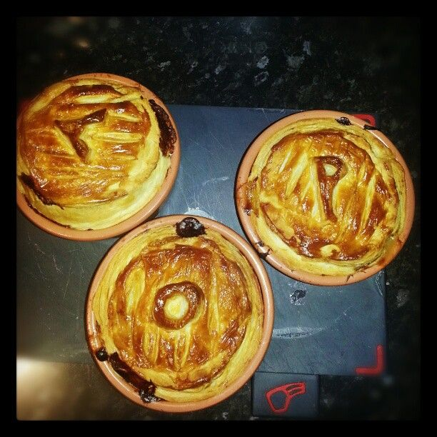 Things I have been cooking lately # 15: Leftover turkey and leek pie
