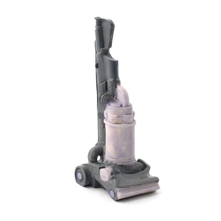 E5748 - Modern Vacuum Cleaner (PR)