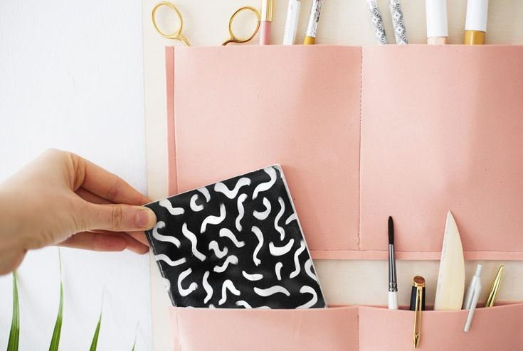 DIY hanging pocket organiser | organisation | easy craft ideas for the home or office