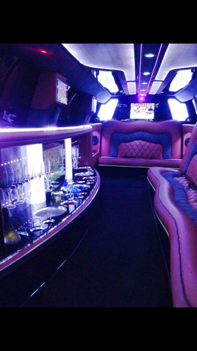 Perth limo hire - Bellagio Limousines - wedding transport 92406969 www.bellagiolimousines.com.au