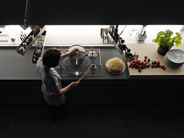 Cocina Integral De Vidrio ARTEMATICA VITRUM By VALCUCINE Diseño Gabriele  Centazzo