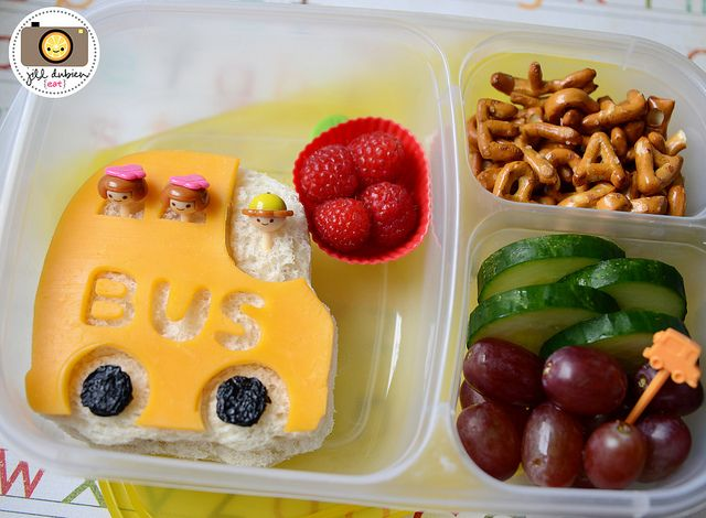 Back to School Lunch ideas...: Bento Boxes, Back To Schools, Schools Boxes, Schools Ideas, Schools Lunches, Bento2013 1B, Schools Buses, Lunches Boxes, Lunches Ideas