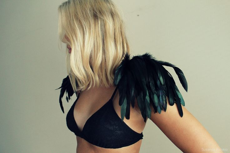 Feather Epaulettes
