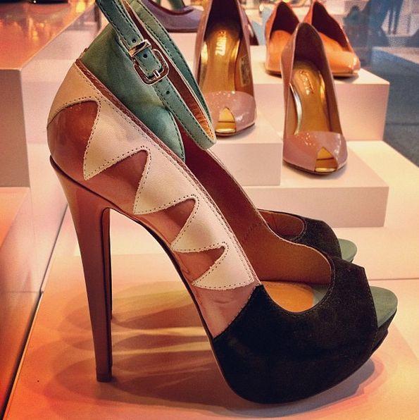 Sapatos Schutz Verão 2013