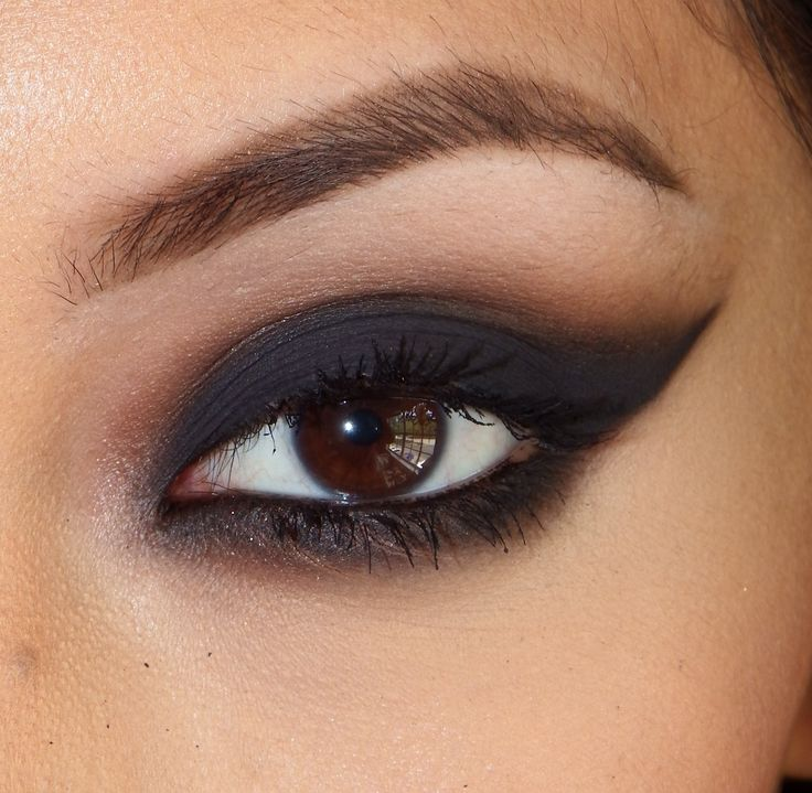 Smoked Out Cat Eye by @Makeup_Amor