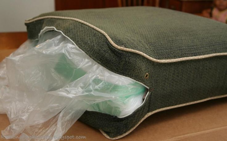 How to Re-Fluff saggy couch cushions. Best tutorial EVER! So easy.