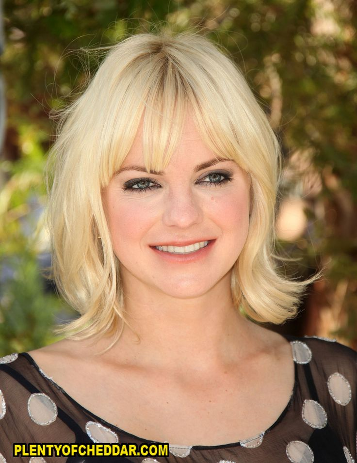 hot short hair styles 29 best faris images on american 3407 | d7018d80e57b3407eb4bcb0828e7aa8f the scariest movie anna faris
