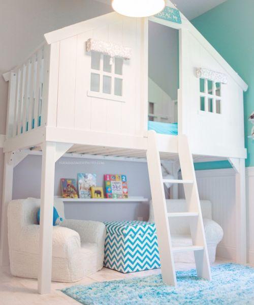 Si tienes mucho espacio en casa...Bella soluzione per la camera dei bambini.