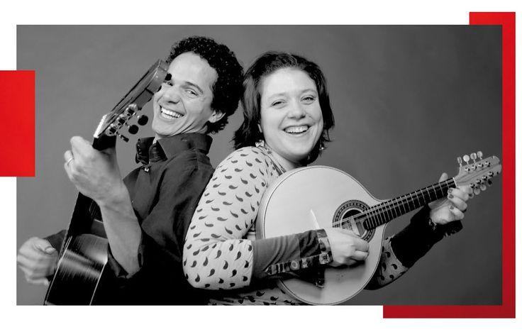 Le Duo Luzi Nascimento, de la compagnie La Roda, nous a présenté choro vagamundo, une musique qui naquit au Brésil. Musique savante par sa teneur, populaire par son mode de vie, gaie, pétillante et conviviale, volubile et généreuse, le choro ressemble aux brésiliens. www.laroda.fr