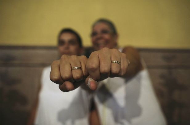 Lesbian Marriage Ceremonies 19