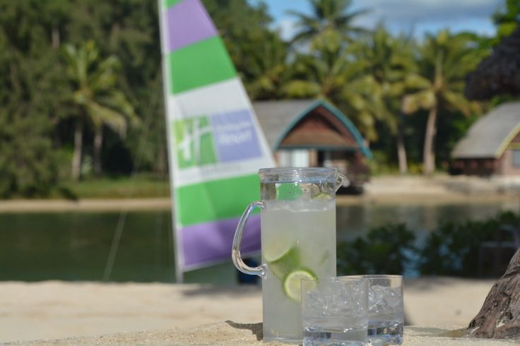 Sometimes you just need to 'upsize'...Our new cocktail 'Pitchers'...who's up for a delicious Bush Lime Daiquiri? #vanuatu #holidayinnresort #tgif #cocktail