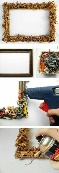 ☆ déco chambre enfants ♡ cadre décoré avec des petits jouets collés ☆ bonne idée ☆