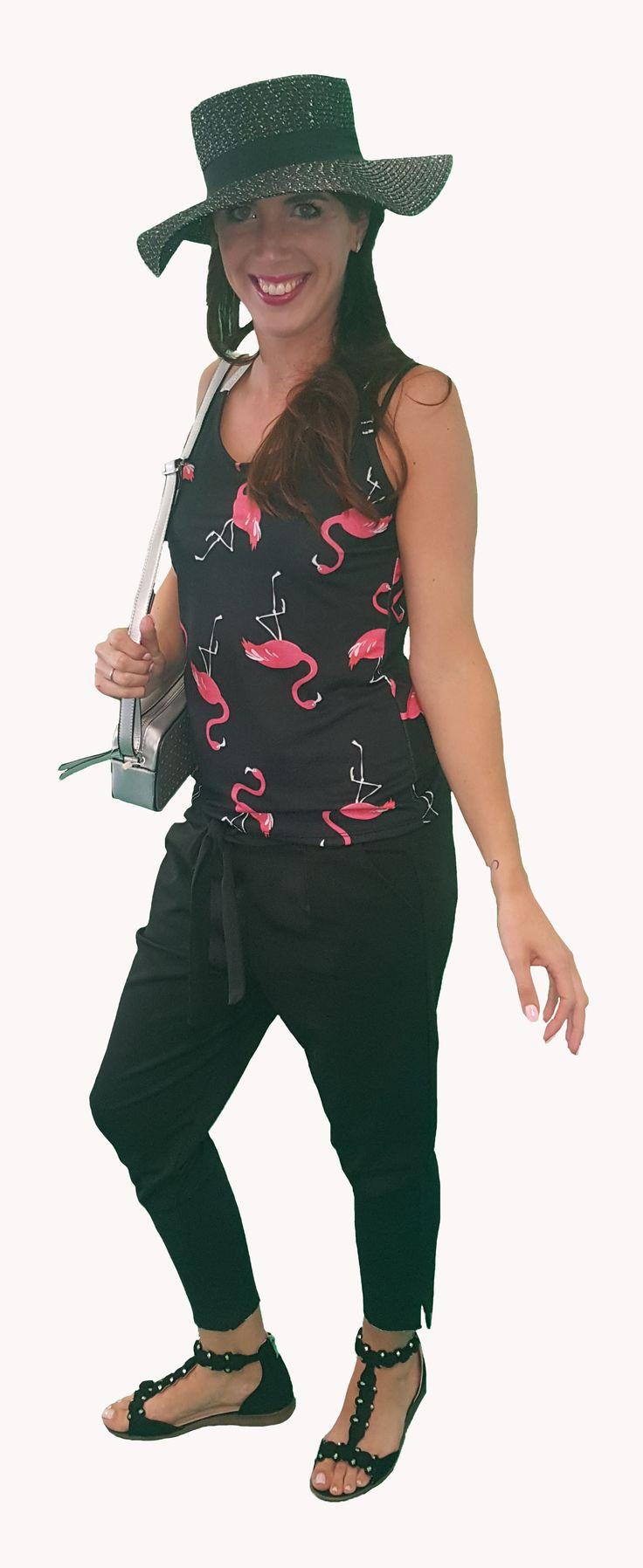 Scoor de complete outfit Lovely Lady inclusief 10% korting voor maar € 98,95 compleet met topje, broek, schoenen, tasjeen hoed. GRATIS VERZENDING!!