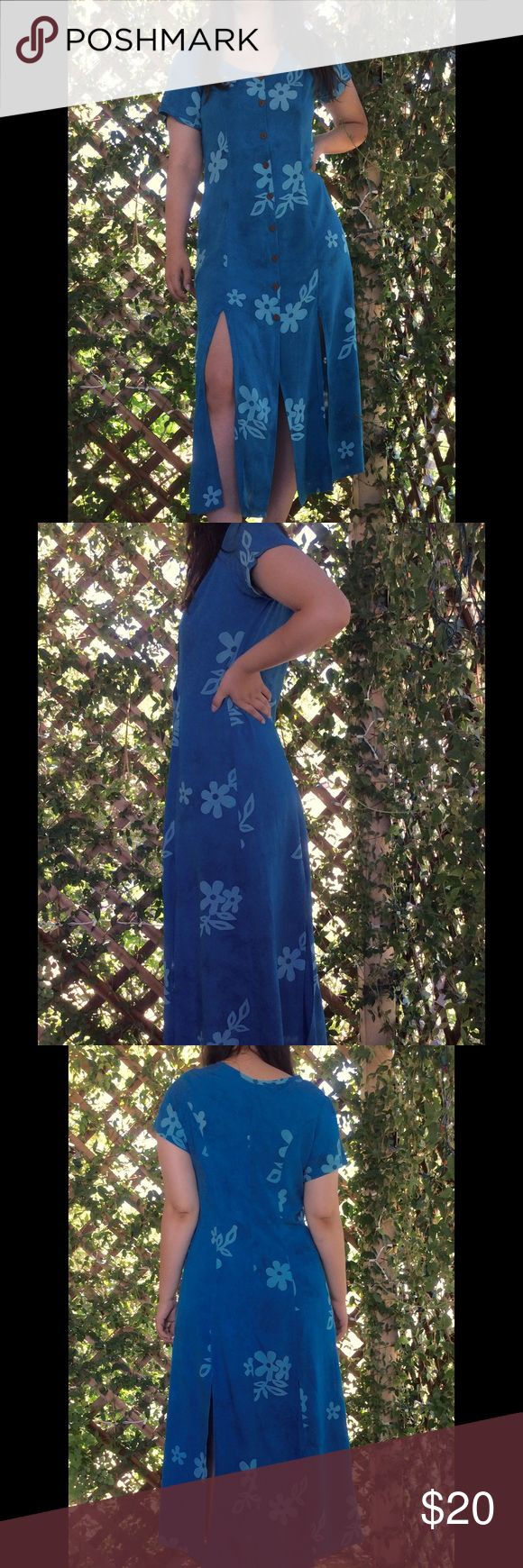 """90s Hawaiian Print Midi Dress w/Slit Hem Vintage 90s Hawaiian print dress, midi length with flirty slits around the bottom of skirt, full button-up front with scoop neck and short sleeves in a lovely deep Turquoise Blue, princess seam shape is figure flattering. Size Medium: shoulder-shoulder 14"""", armpits 18"""", waist 16"""" side-side, shoulder-hem 38"""". Perfect for Summer parties! Dresses Midi"""