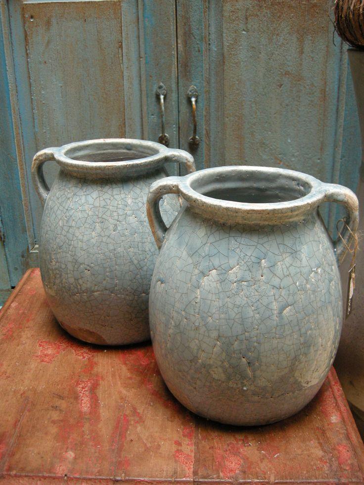 Ijsblauwe potten van Brynxz