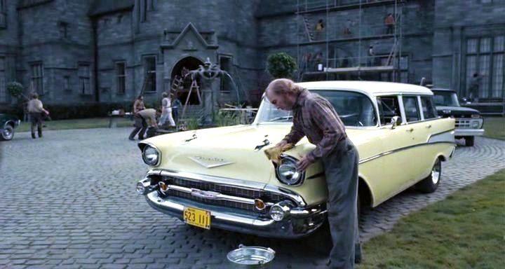 Chevrolet Two-Ten Townsman (Bel Air Trim) Typ PKW -  1957 do Filme ' Sombras da Noite ' -  2012