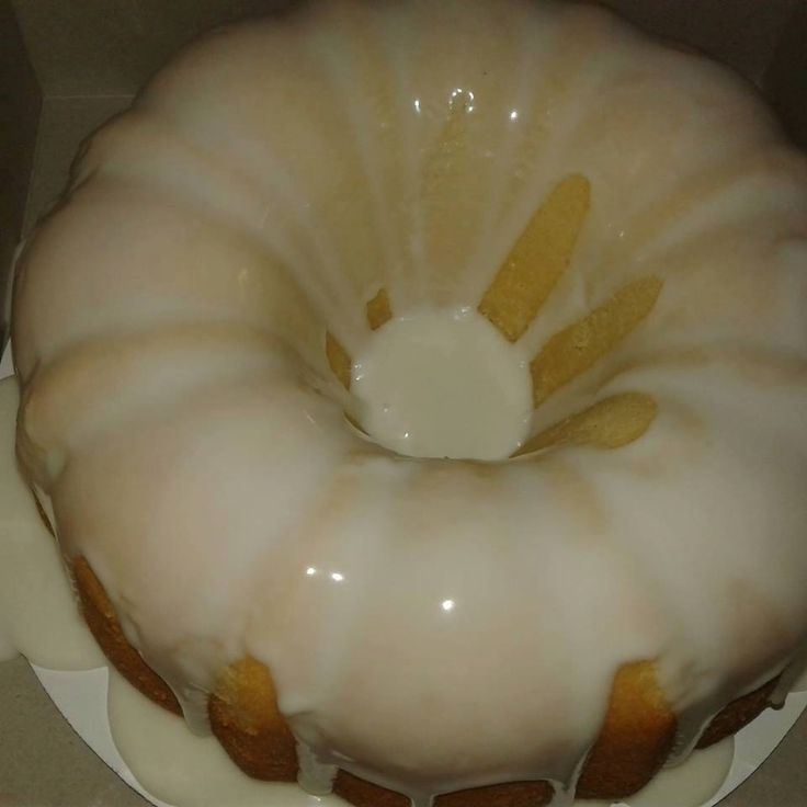 Homemade lemon Pound Cake with lemon glaze – Tomato Hero