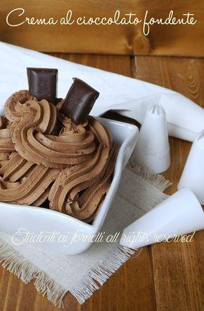 crema al cioccolato fondente senza cottura per dolci bignè cupcakes muffin cialde ricetta facile veloce
