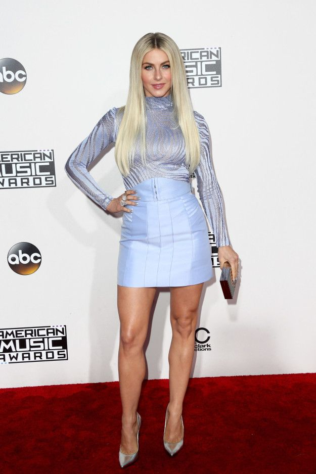 All The Looks On The American Music Awards Red Carpet
