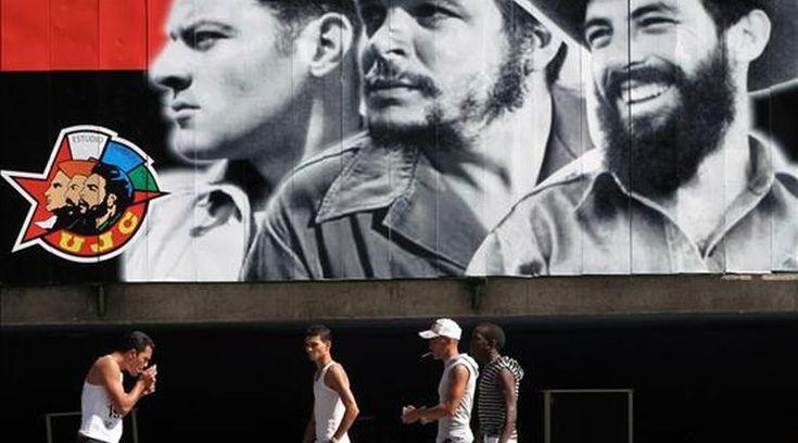 Los estereotipos sociales tienen su momento. En la Cuba de los años 50, estar bautizado, haber hecho la primera comunión o haberse casado por la ...