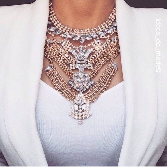 gorgeous statement necklace, for more visit www.chcistylez360.com