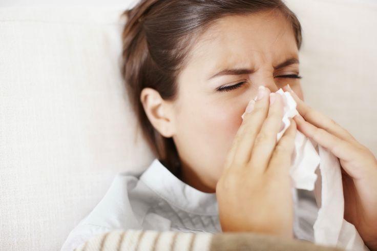 AIRLIFE MUNDIAL te dice.. La rinitis es la inflamación de la mucosa nasal que es muy molesta y sus síntomas son estornudos irrefrenables continuos, congestión nasal, el picor de nariz y la destilación acuosa. Creando un deterioro importante en la calidad de vida. http://airlifeservice.com/