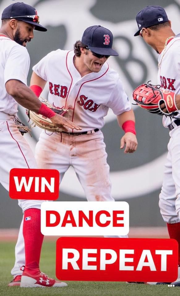 Mookie Betts Iphone Wallpaper