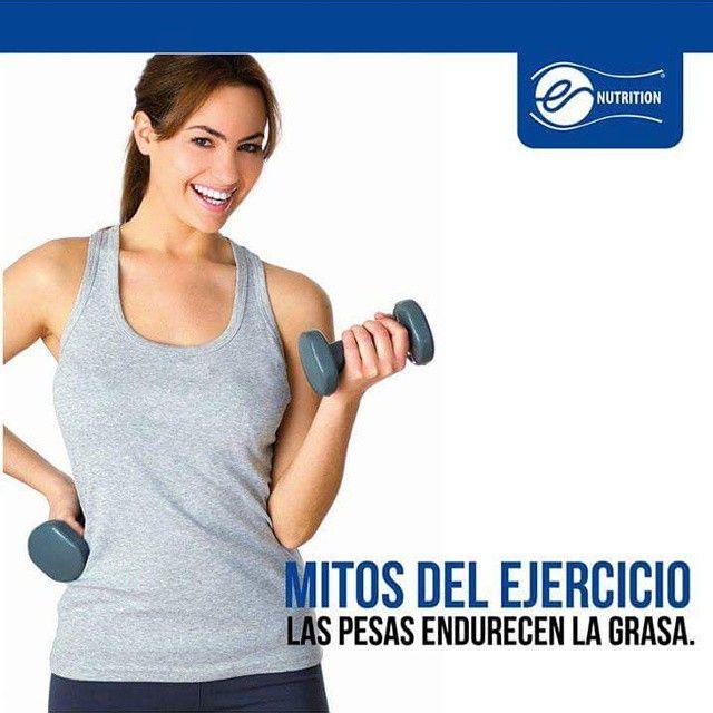 4. Las pesas endurecen la grasa. FALSO. El tejido graso no