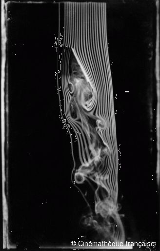 Etienne-Jules Marey,Tilted plane, 65-degree angle, third version of the smoke machine equipped with 21 channels,© Cinémathèque française