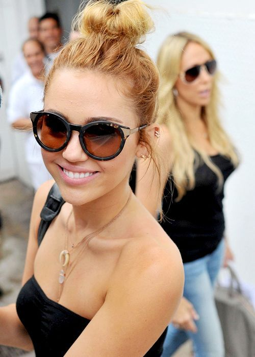 Miley Cyrus: 12 Impressive Hairstyles of Any Hair Length - Pretty Designs