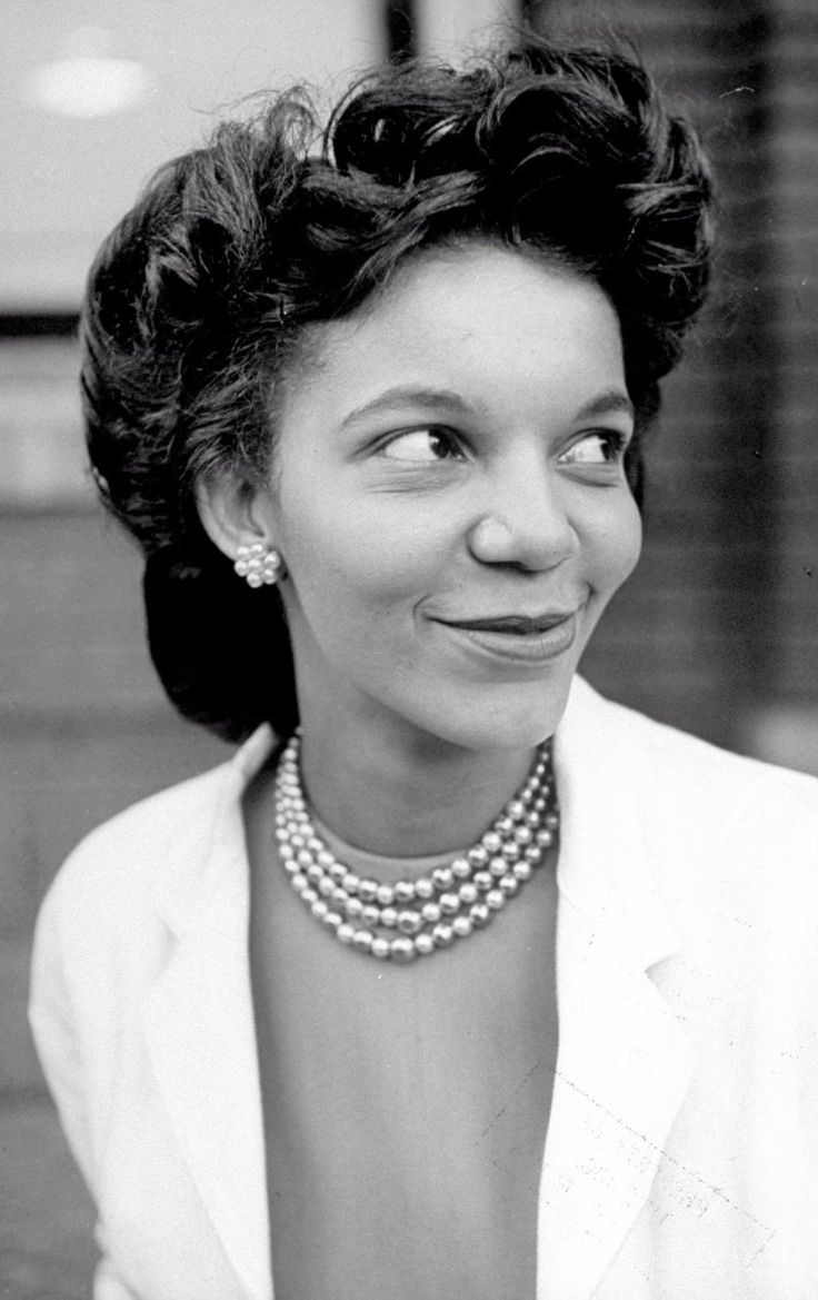 best ideas about howard university debbie allen gloria hixon zoology teacher at howard university in 1946