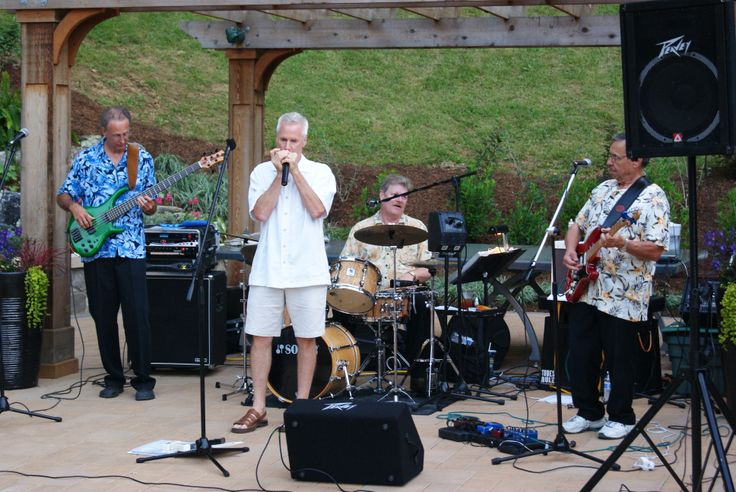 Live music coming again for dining and dancing celebrating Father's Day! Standing Room Only will be performing. Reserve now: jmu.edu/arboretum
