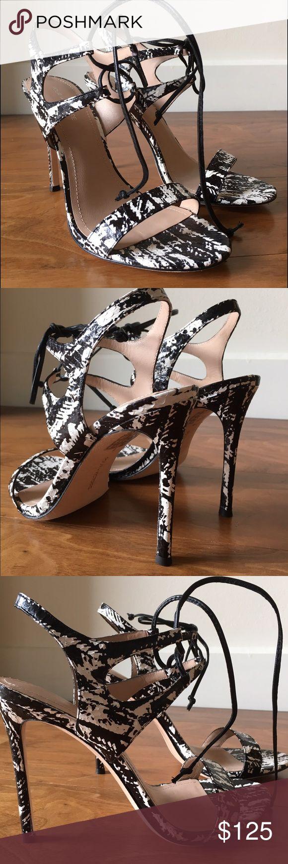 """Pour La Victoire Elisa Black and white high heel sandals. Leather 4"""" heel. Pour la Victoire Shoes Heels"""