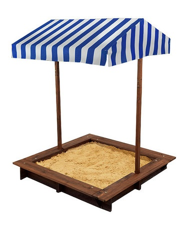 I want to make a sand pit for my 4 year old this year. CUTE!