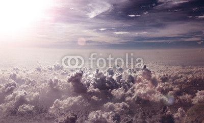 Fototapeta o de nubes y puesta de sol - chmura • PIXERS.pl