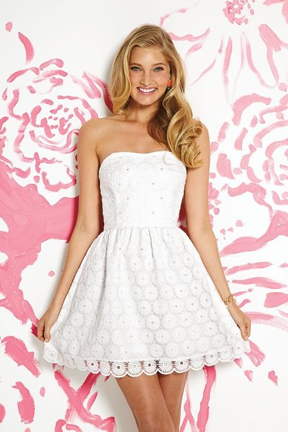 I am in love with that Lily Pulitzer dress! Graduation dress!
