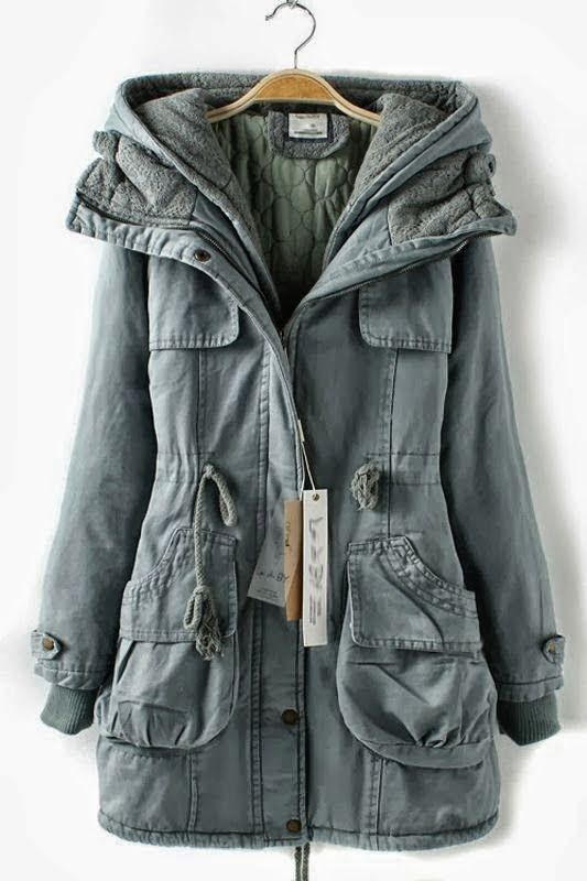 Cozy + Casual. Always wanting something like this for the fall but never came across one.