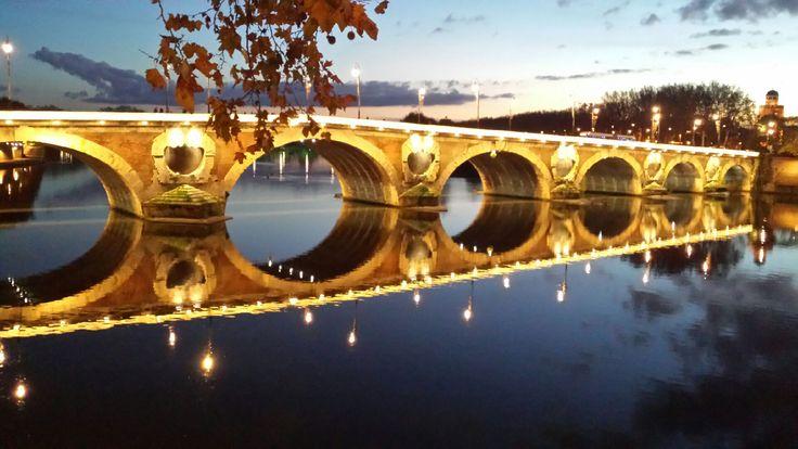Pont Neuf in Toulouse, France © E. Robert - Office de tourisme de Toulouse #visiteztoulouse