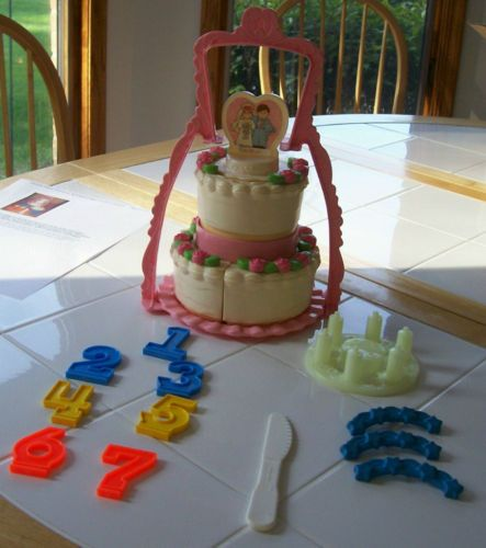 Fisher Price Vintage Wedding Birthday Cake Pretend Play
