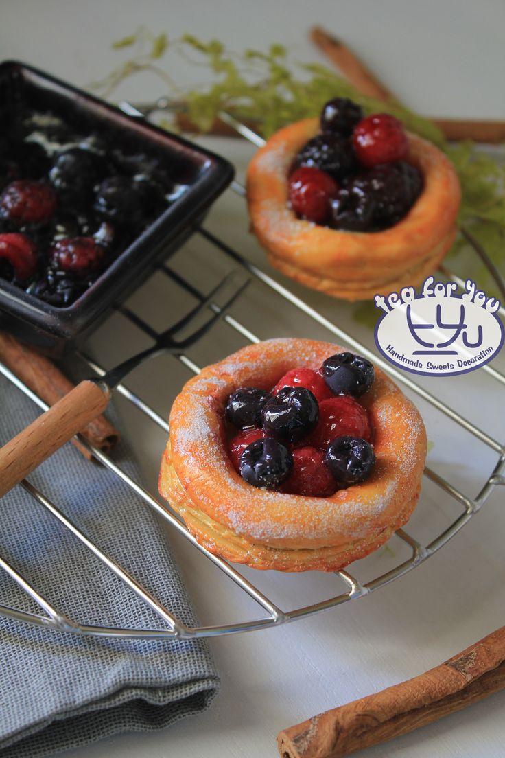 Fresh Fruit Danish Instagram teaforyout #スイーツデコ #フェイクスイーツ #フェイクフード #粘土 #ハンドメイド #スイーツ #デニッシュ #フルーツ #チェリー #アメリカンチェリー #イベント #HAマルシェ東京 #SweetsDecoration #FakeSweets #FakeFood #Handmade #Clay #Sweets #Danish #Fruit #Cherry #AmericanCherry#event #craftingfair