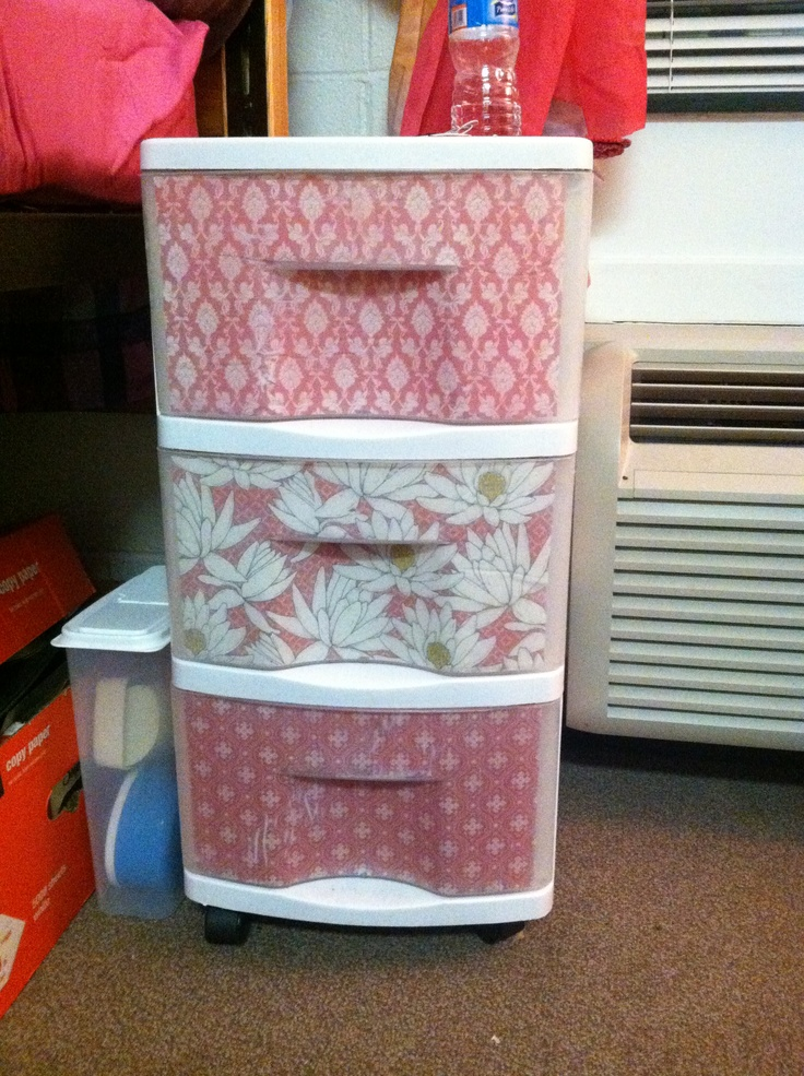 The 25 best decorate plastic bins ideas on pinterest for Painting plastic bins