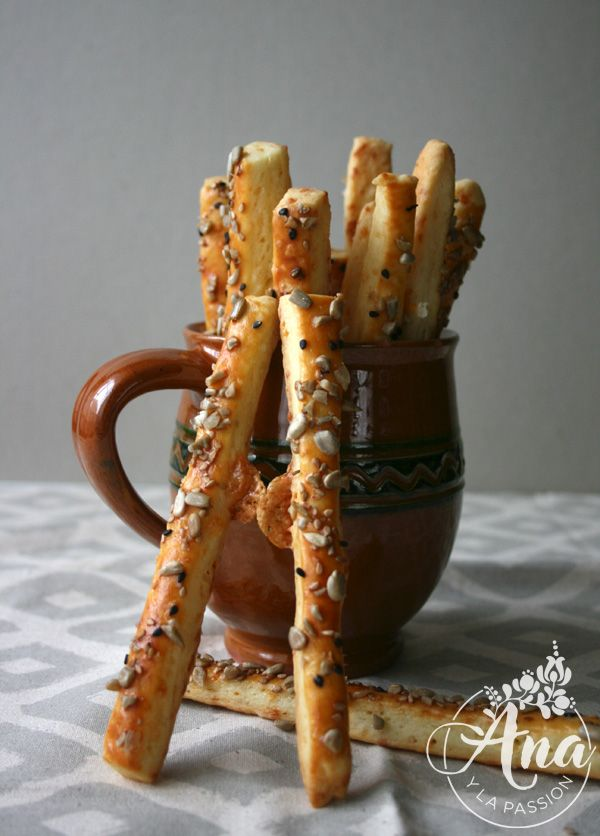 Cheesy sticks with seeds - if you have some guests to come over make these sensational sticks for them as a snack :) #snacks