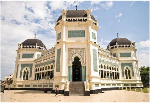 Breathtaking mosques in Malaysia: Al-Mashun Grand Mosque