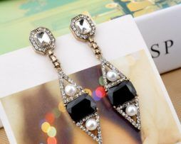 """""""Siouxsie & the Banshees"""" Earrings. Beautiful vintage gothic drop-and-dangle earrings."""