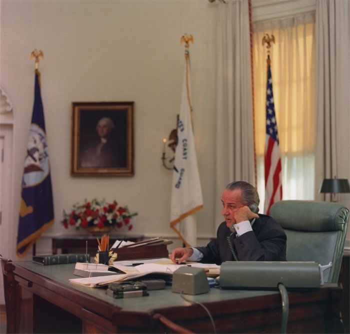 lbjs office president. Lbjs Office President. Lyndon Johnson In The Oval President N I